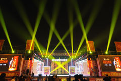 2013 Chinees de lantaarnfestival van het Nieuwjaar en tempelmarkt Stock Foto's