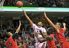 2013 el baloncesto de los hombres del NCAA - tiro Imagen de archivo libre de regalías