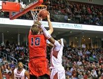 2013 el baloncesto de los hombres del NCAA - tiro Imágenes de archivo libres de regalías