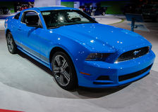 2013 Ford Mustang, Grabber Blue Royalty Free Stock Photos