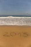 2013 geschreven in zand Royalty-vrije Stock Foto