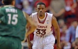 2013 la pallacanestro degli uomini del NCAA - difesa Fotografie Stock