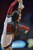2013 la pallacanestro degli uomini del NCAA - ragazza pon pon Fotografia Stock