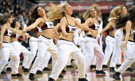 2013 NCAA人的篮球-啦啦队员或舞蹈演员 图库摄影