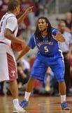 2013 NCAA-basket - försvar Arkivbild