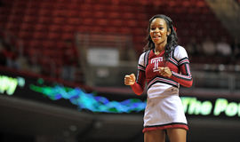 2013 NCAA-Basketball - Cheerleader Lizenzfreie Stockfotos