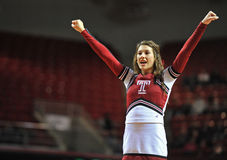 2013 NCAA-Basketball - Cheerleader Lizenzfreie Stockbilder