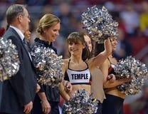 2013 NCAA het Basketbal van Mensen - onderbreking op het hof Royalty-vrije Stock Afbeelding