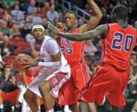 2013 NCAA het omringde Basketbal van Mensen - Royalty-vrije Stock Afbeelding