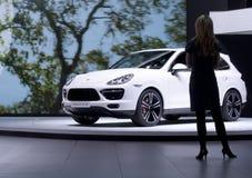 2013 Porsche Cayenne TurboS Debuts Stock Foto