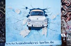 柏林,德国2014年10月15日:柏林围墙是障碍骗局 免版税库存照片