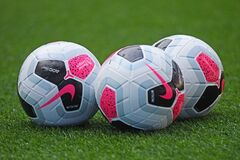 Free 2019 2020 English Premier League Official Match Ball Stock Photography - 183715102