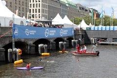 21.07.2012 Hamburgo. Triathlon dextrogiro de la energía Imagen de archivo libre de regalías