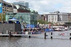 21.07.2012 Hamburgo. Triathlon dextrogiro de la energía Fotos de archivo