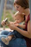 22 enfants colombes Стоковые Изображения