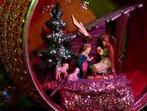 圣诞节诞生装饰品场面 免版税库存图片