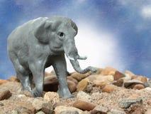 大象灰色玩具 免版税库存图片