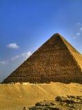 24座吉萨棉金字塔 免版税图库摄影