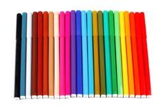 24 kleurenpennen Stock Foto's