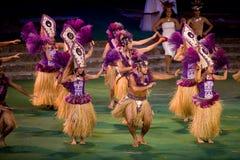2422 danzatori tahitian Fotografie Stock