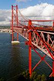 25 DE Abril Bridge in Lissabon Stock Afbeelding
