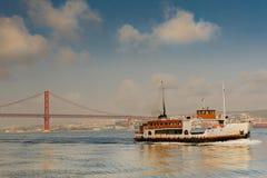 25 De Abril Przerzucający most obrazy royalty free