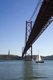 25 del puente de abril Fotos de archivo libres de regalías