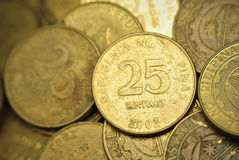 25 monedas de Philippine del centavo Fotografía de archivo libre de regalías