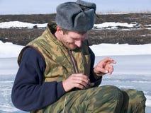 26钓鱼的冬天 免版税库存图片