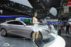 27 Kwiecień auto Beijing porcelanowy kobiety modela przedstawienie Obrazy Stock