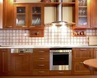 樱桃设计厨房 免版税库存照片