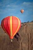 气球决斗 免版税库存图片