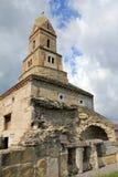 2个教会densus罗马尼亚石头 免版税库存照片