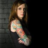 3个女孩纹身花刺 免版税库存照片