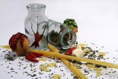 3个意大利面食香料 免版税库存图片