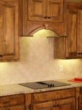 3个机柜回家厨房豪华槭树设计 免版税图库摄影