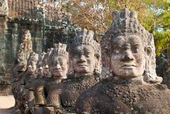 3个angkor表面给南thom装门 免版税库存图片