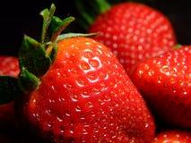 3关闭草莓 库存图片