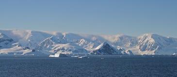 3南极洲cuverville海岛 免版税库存照片