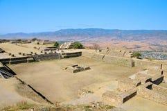 3墨西哥金字塔废墟 免版税库存照片