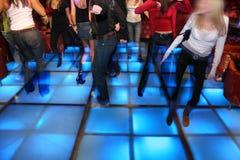 3家俱乐部舞蹈晚上 免版税库存图片