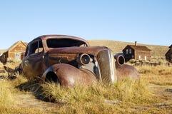 3小轿车老生锈 库存图片