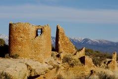 3座城堡宽废墟视图 免版税库存照片