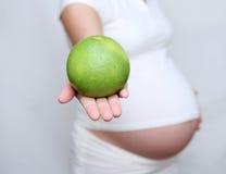 3怀孕的饮食 免版税库存照片