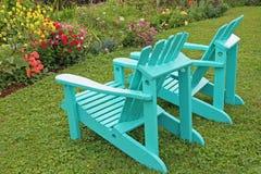3把椅子庭院 图库摄影