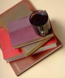 3本书咖啡堆 免版税图库摄影