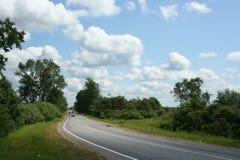 3朵云彩天空方式 免版税图库摄影