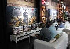 3齿轮videogamers战争 库存图片