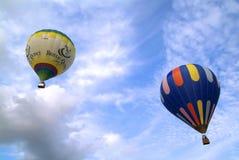 3 ° Erbaluce气球节日Caluso (对) -意大利 免版税库存照片