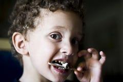 3 äter hur icecream till Arkivfoton